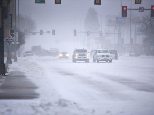 636597228173220745-636593123231136191-April-snow-storm-016.JPG