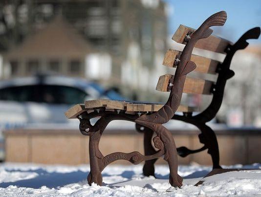 636625109210840241-bench.jpg