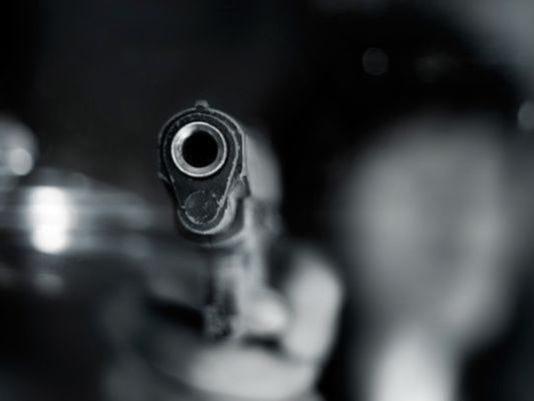 1-gun.jpg