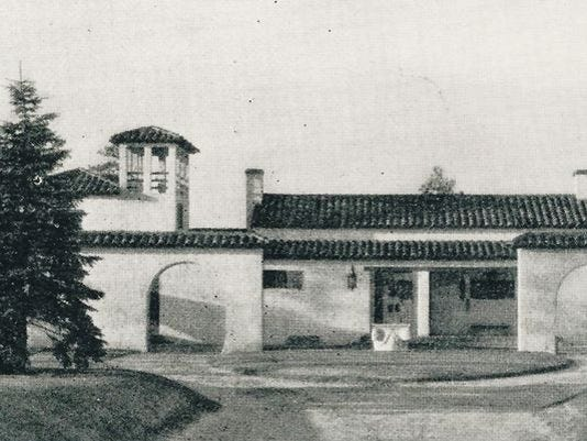 635491323903620024-sangorhouse-vintage