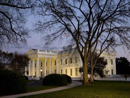 635533043600593795-White-House