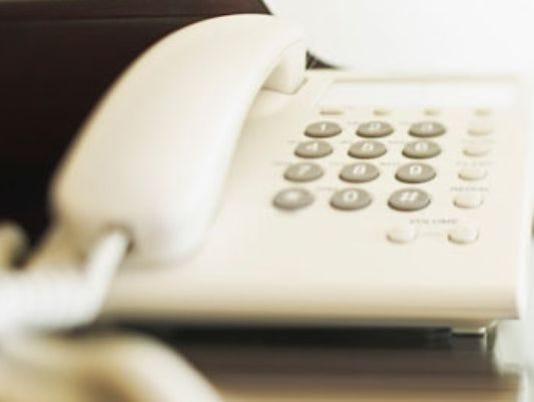 635487835344231235-telemarketer-phone-AP-generic