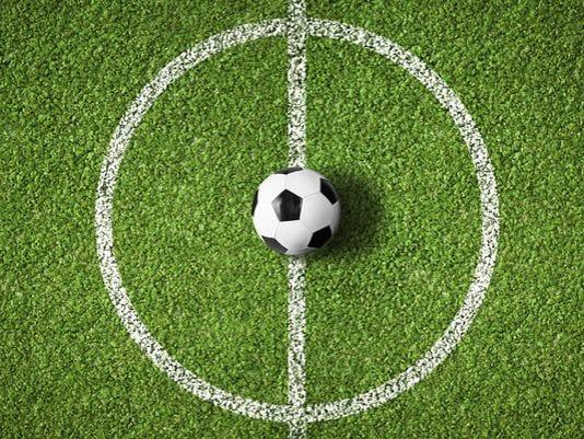 635493894182310019-soccer4