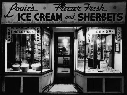 LouiesSweetShoppe_exterior_c1938_091914.jpg