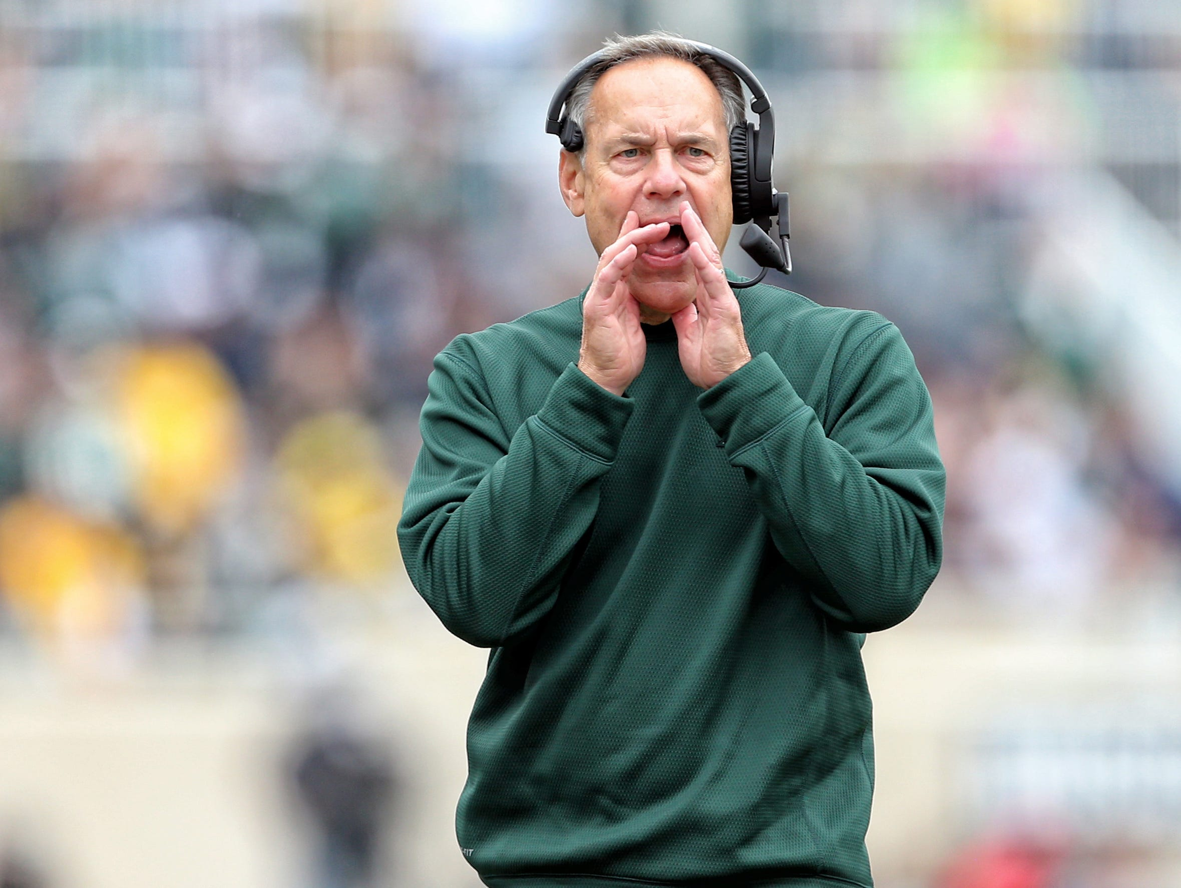 Michigan State football coach Mark Dantonio reacts to a play against Michigan on Oct. 29, 2016.