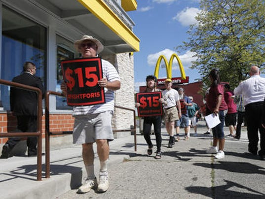 Minimum Wage Fast Food Workers rally