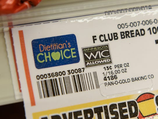 A tag designates a Dietician's Choice whole wheat bread