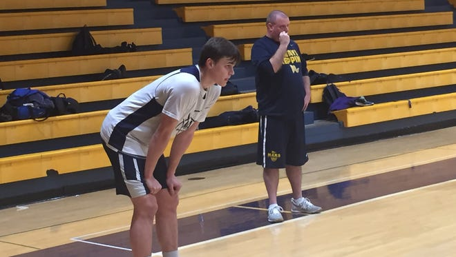 Robby Carmody, a 2018 recruiting target of both Purdue and Butler, at a Mars Area High School practice on Feb. 20, 2017.