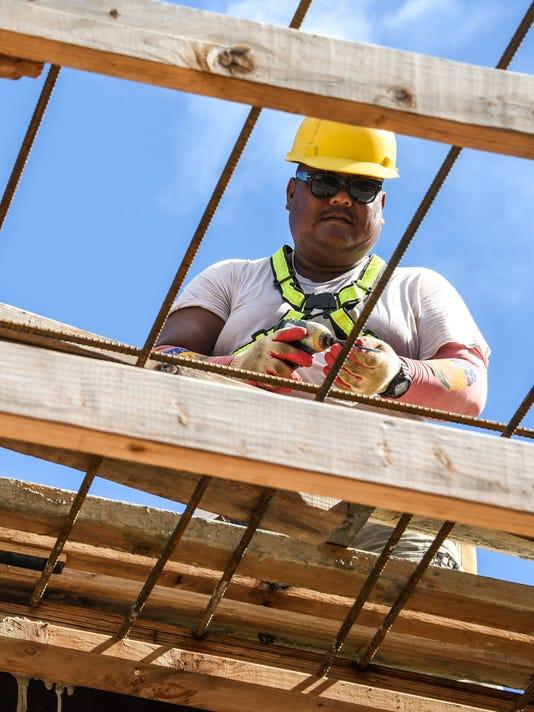 636111504847285796-Labor-Lawsuit-02-MAIN.jpg