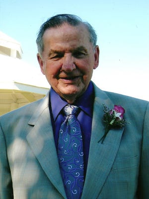 George Simonka was the executive director of the Union Gospel Mission of Salem for 35 years, retiring in 1989.