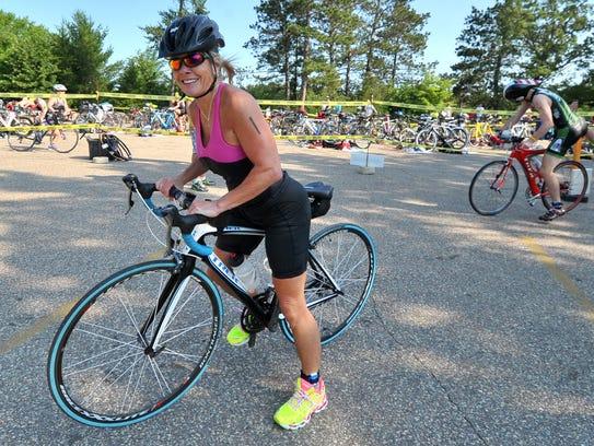 Bicyclists at Lake Wazeecha in Wisconsin Rapids.