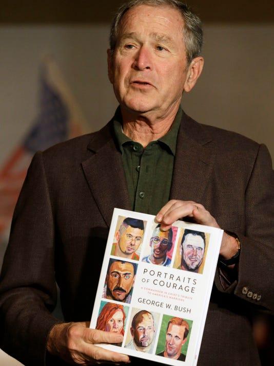 AP BOOKS GEORGE W BUSH A ENT USA TX