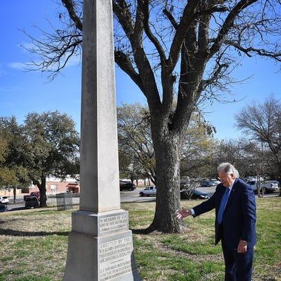 Republican aims to protect Confederate symbols from removal