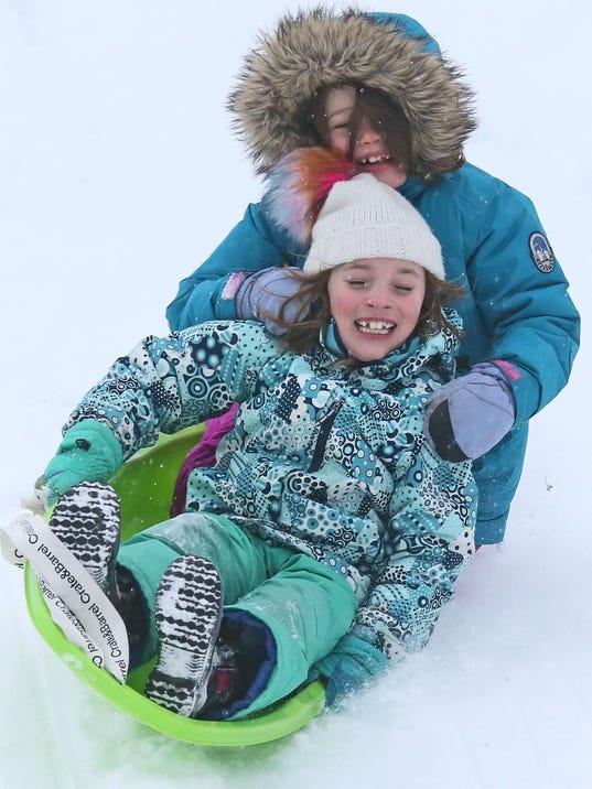 636533533644121213-MJS-snow--nws--sears--3.jpg
