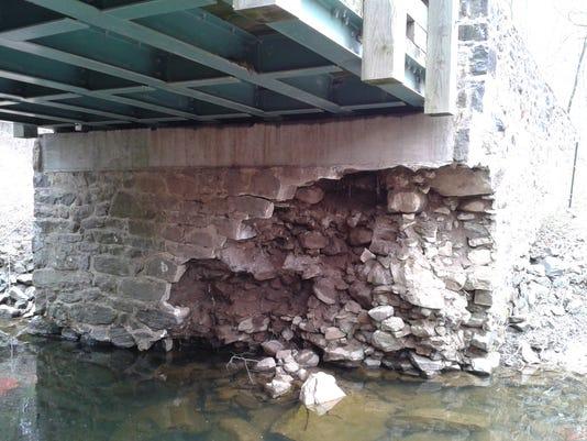 Rocky Run-Creek Road Bridge April 2014.jpg