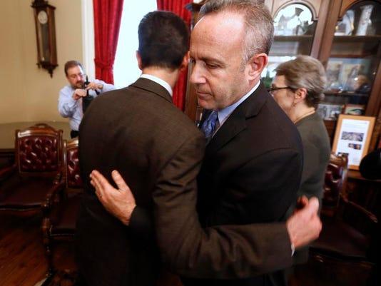 APTOPIX California Legislature Corruption-FBI Raid San Francisco