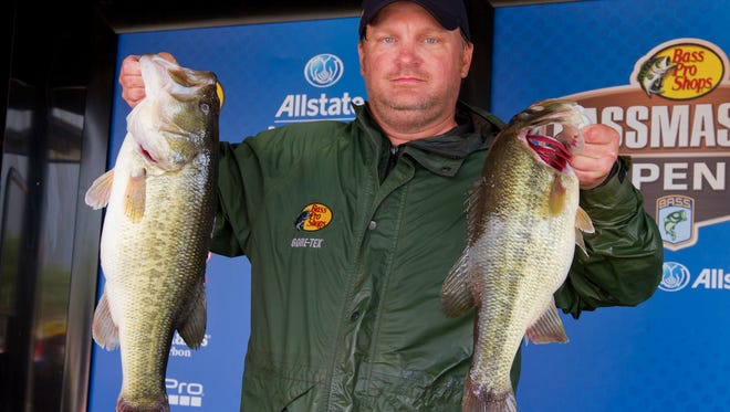 Gene Bishop of Ridgeland took the lead in the second day of the Bassmaster Central Open at Barnett Reservoir.