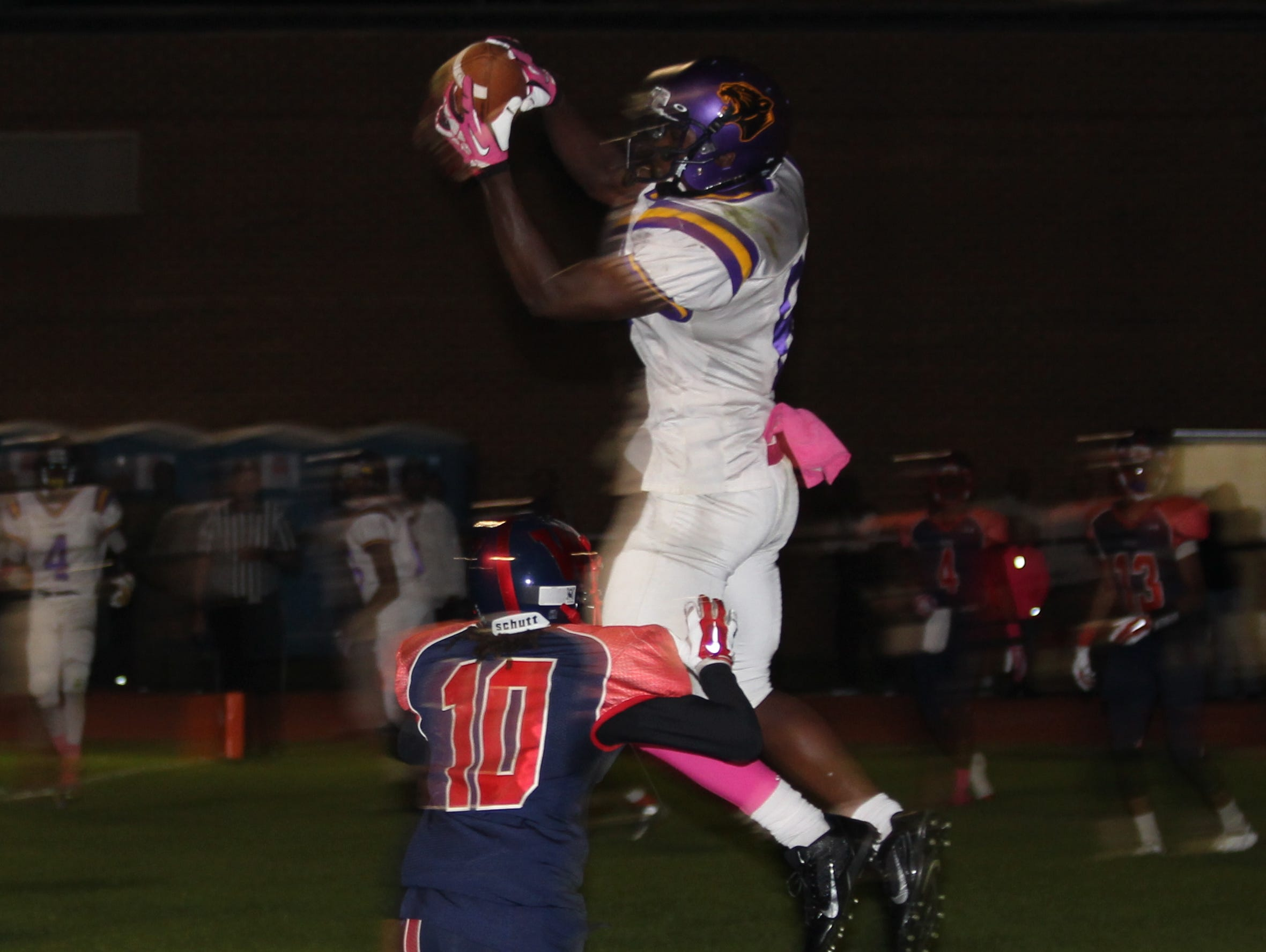 Brad Hawkins Jr. makes a catch for Camden (N.J.) High School.