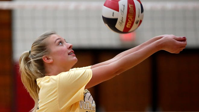 Kendall Meissner, of Appleton East, bumps the ball during practice Wednesday, Sept. 27, 2017, in Appleton, Wis. Danny Damiani/USA TODAY NETWORK-Wisconsin