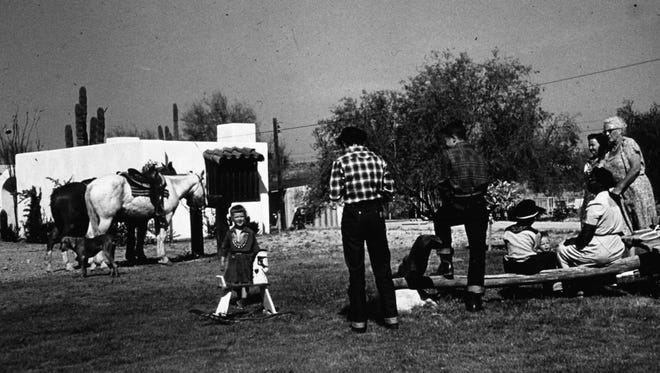 A Casa Hermosa Dude Ranch guest house in 1953. The ranch later became the Hermosa Inn.