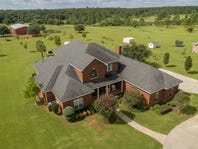 Home of the Week Nov. 4th: Acreage and convenience go hand-in-hand