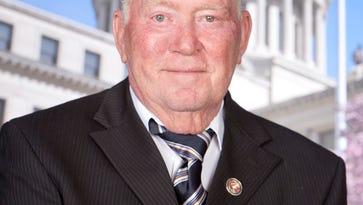 Longtime state Rep. Bennett Malone resigning