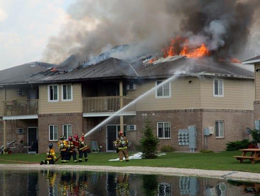636064341538085609-man-n-Falls-Apartment-Fire11.JPG