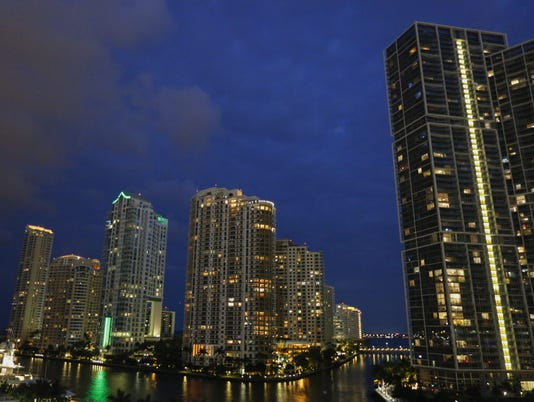 Foreigners swoop into Miami real estate with piles of cash