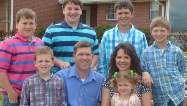 This Texas family was headed to Disney World when a fatal wreck killed five family members.