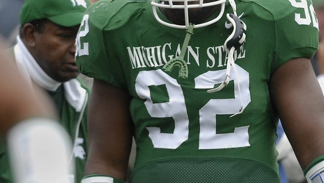 MSU defensive tackle Clifton Ryan takes the field against Illinois on Saturday, 9/30/2006.
