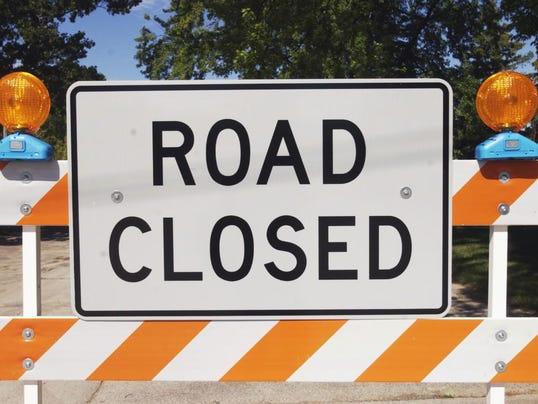 -080706 Road Closed Sign3.jpg_20060807.jpg