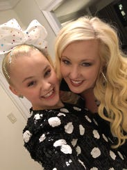 JoJo Siwa, left, with her mom, Jessalynn.