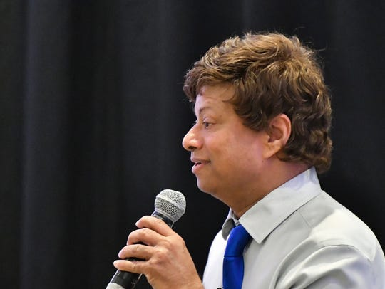 Democratic gubernatorial candidate Shri Thanedar speaks