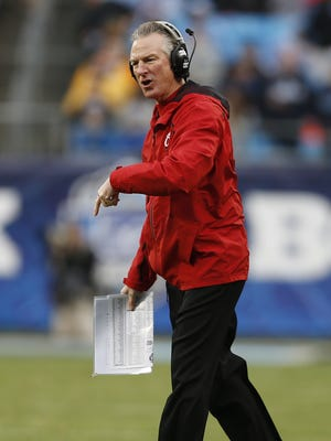 UC Bearcats head coach Tommy Tuberville