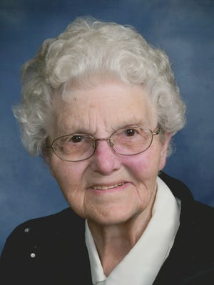 Caroline (Steffensmeier) Kempf, 91, of Dodge, Nebraska passed away peacefully surrounded by family on March 2, 2015, at Parkview Nursing Home.