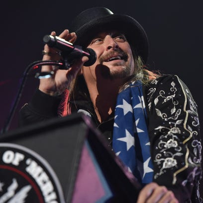 """Kid Rock gives a speech behind a """"United States of"""