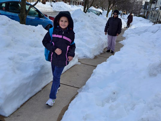 PHOTOS: Kids walking home from school