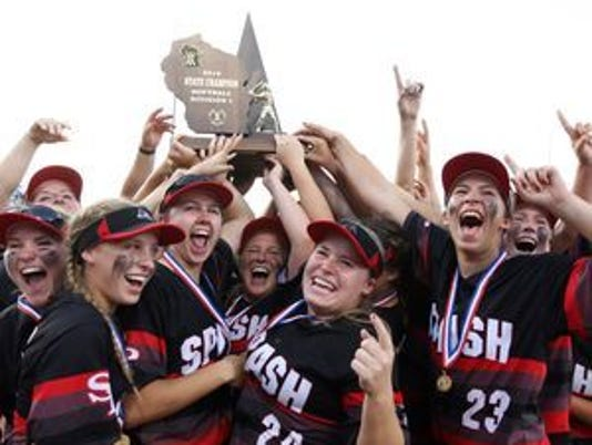636264151007174100-636012866647022046-9-WIAA-Softball-SPASH.jpg
