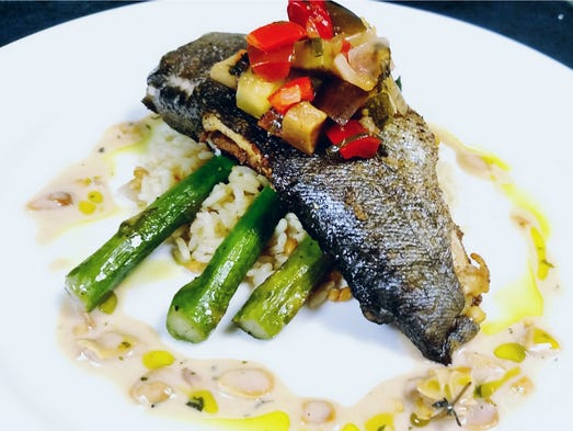Nov 28, · Wahoo's Fish House, Murrells Inlet: See unbiased reviews of Wahoo's Fish House, rated 4 of 5 on TripAdvisor and ranked #21 of restaurants in Murrells Inlet.4/4().