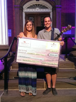 "Siblings Taylor Piper and Kristopher Potter won the inaugural ""Acappella & Unplugged"" in 2015."