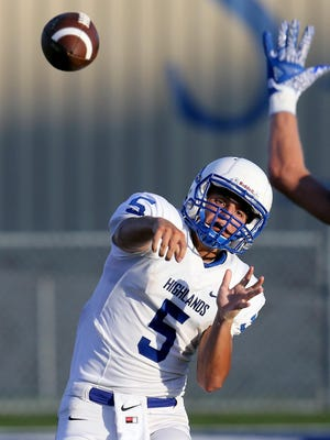 Highlands quarterback Brady Gosney throws a pass in a scrimmage game against St. Xavier.
