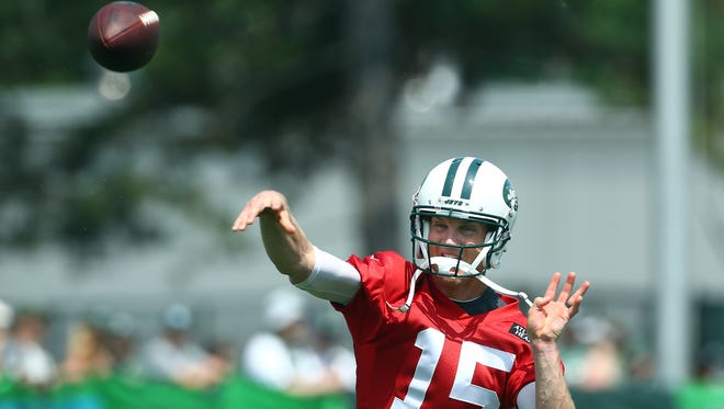 New York Jets quarterback Josh McCown throws during New York Jets opening day of training camp at the Atlantic Health Training Center in Florham Park. July 28, 2018. Morristown, NJ