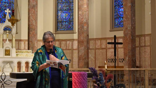 Lynne Moldenhauer, IHM, professed final vows with the Sisters, Servants of the Immaculate Heart of Mary Sunday.