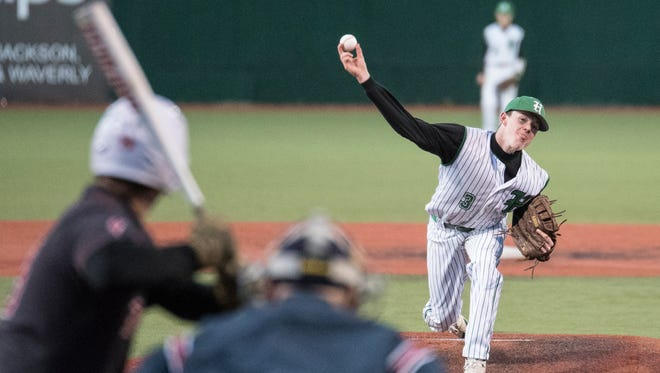 Huntington's baseball and softball teams will soon begin their seasons as they look to build off solid seasons.