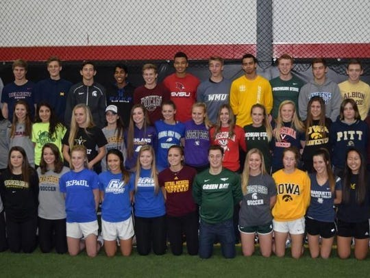 A large gathering of players from the Michigan Wolves