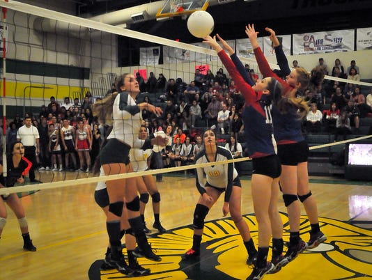 Volleyball - Mayfield versus Cruces