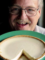 Randy Essig in 2005 with his famous key lime pie.