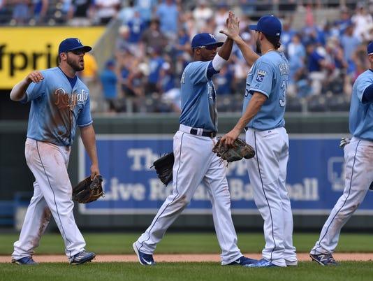 USP MLB: TEXAS RANGERS AT KANSAS CITY ROYALS S BBA USA MO