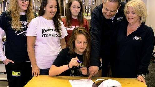 Asheville High senior Graycen Dave has signed to play college field hockey for Lindenwood (Mo.).
