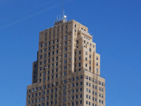 Carew Tower in 2007.